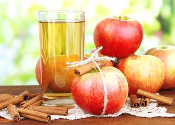 Яблочная вода с корицей для организма человека
