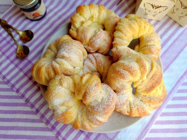 Булочки на кефире в духовке: рецепт с фото пошагово